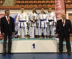 1-podium-emma